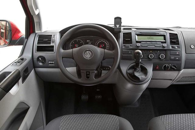 vag forum vw transporter of multivan radio navigatie. Black Bedroom Furniture Sets. Home Design Ideas