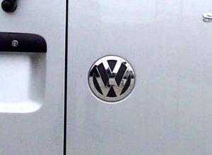 Volkswagen Caddy embleem achterdeur