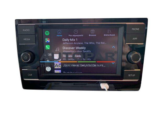 Volkswagen Polo Spotify Apple Carplay radio
