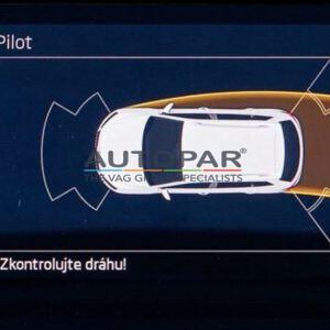 Skoda Scala voor en achter parkeersensoren